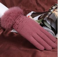 Wholesale 1 pair autumn and winter warm thick women gloves the most fashionable cashmere lady gloves