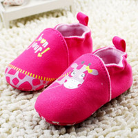 baby first products - Hot Selling Product Baby Shoes First Walker Slip On Cotton Fabric Shoes For Infant Cute Giraffe Cartoon Newborn Prewalker K610
