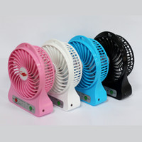 Wholesale 8H Working g Only New Portable Outdoor Fan Travel Fan Mini Electric Fan with Strong Wind Rechargeable Lithium Battery Torch