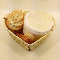 Wholesale Hot cool bathroom accessories wood bath set pieces bath brush Bath sponge basket set M