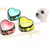 Wholesale Cute Non slip Lovely Heart shape Pet Bowl for Dog Cat Made of Ceramic Elegant and Noble Pink Blue Yellow