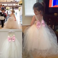 Wholesale Flower Girl Dresses For Wed V Neck Beading Sequins Tutu Tulle Junior Bridesmaid Dresses With Bow Princess Communion Cupcake Pageant Dresses