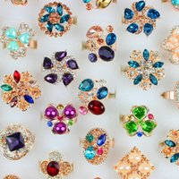 Wholesale Mixed Styles Vintage Eternal Love Noble Jewelry Ring Engagement Wedding Rings Crystal Cluster Heart Bright Crystal Rings