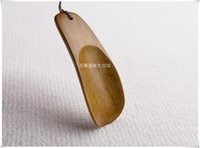 Wholesale Short Solid wood shoehorn Japanese Pocket Mini mention shoes shoes shoes is IKEA shoehorn mention shoes