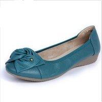 Wholesale Plus size women genuine leather flat shoes woman work shoes newest fashion female casual single shoes women flats