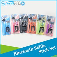 Wholesale 3 in Self Timer and Extendable Handheld selfie stick set bluetooth Photograph Shutter Camera Remote Controller Self portrait Monopod set
