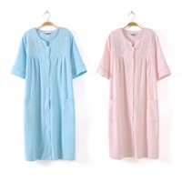 Wholesale Foreign trade of the original single cotton waffle bathrobe spa robe embroidered cotton bathrobe sauna has an essential XL