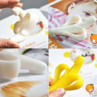 Wholesale With Package BPA Free High Quality Safe Softy Infant Banana Soothers Baby Teethers Teether Teething Banana Silicone Toothbrush G236