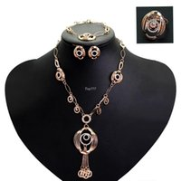 african gold coins - 2016 New Women Champagne Golden Jewelry Sets Gold Plated Necklace Earring For Wedding retro diamond necklace tassel exaggerated coin