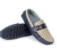 Cheap 2015 summer new men's shoes wholesale fashion leather men's shoes breathable British style.