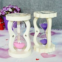 Wholesale Small mixed batch of European white painted circular pattern hourglass shape creative gift mix A107