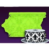 Wholesale Hot Fleur De Lis Shape Fondant Silicone Mould Wedding Cake Decorating Tool Wrapper Stencil