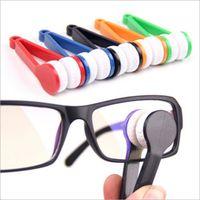 Wholesale 20 Multifunction Portable Mini Microfiber Glasses Eyeglasses Cleaner Cleaning Clip Eyeglasses Accessories Random Color