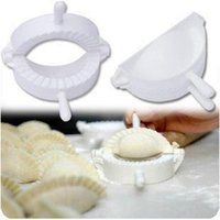 Wholesale Dumplings helper device Plastic Dumplings Maker Device Moulds Kitchen Pasties Pastry Dumplings Hand Pressure Good Helper New Arrival
