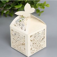 Wholesale Wedding Favor Holders Creative Pairs Ceremony Gift Box Candy Chocolate Bag Hollow Paper Packing Bags Printing Laser Cut Square