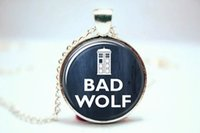 bad glass - 10pcs BAD WOLF Doctor Who Necklace Rose Tyler Captain Jack Harkness Glass Photo Cabochon Necklace