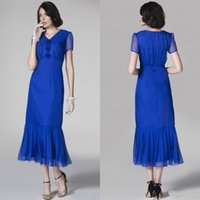 Wholesale Royal Blue V neck Flower tulle Mother of the Bride Dresses High Quality Charming Tea Length Party Gowns Evening Gown