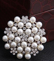 Wholesale Brooches Multi beads Pins Bridesmaid Flower Girl Wedding Pearl Rhinestone Brooches