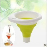 Wholesale Funnel Home essential telescopic portable mini silicone plastic funnel versatile kitchen supplies