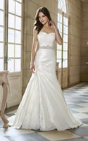 Wholesale Elegant Covered Button Back Wedding Dresses York Sweetheart Bridal Gowns Wedding Dress New Style Split Side