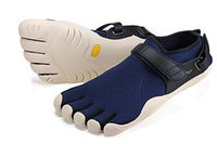 Wholesale Breathing Fivefingers Shoes For Lovers Antibacterial Sweat Suit For Running Climbing Hiking Golf