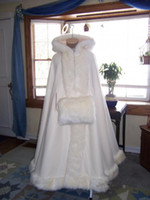 Wholesale Customise Hooded with Faux Fur Trim Long for Bride Winter Wedding Cloak Cape