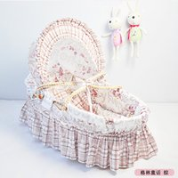 Wholesale Portable Travel Bassinet Hot Sale European Baby Product Of Woven Baby Cradle Breathable Baby Bed Baby Carry Cot for Months