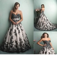 Wholesale Vestido Black and White Vintage Lace Wedding Dresses Evening Sexy Backless A Line Wedding Gowns Court Train Ball Gown Appliques Dresses