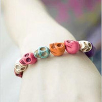 Wholesale D035 influx of people must Uptown Girl seven new favorite color skull stretch bracelet personalized jewelry Korean