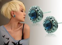 Wholesale Brand New Stud Earrings Fashion Korean D Crystal Geometric Cuff For Women Earrings Jewelry