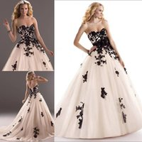 corset and tulle wedding dresses - 2015 Vintage Black and White Ivory Wedding Dresses Gothic Lace Tulle Ball Bridal Fancy Gowns With Detachable Floral Belt Corset Vestidos New