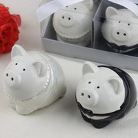 Wholesale wedding favor ceramic pig salt and pepper shaker for wedding party giveaways Guest souvenirs