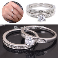 Wholesale Cheap Fashion Couple Rings Wedding Ring Set for Women Men White Gold Platinum Plated Crystal Engagement Rings
