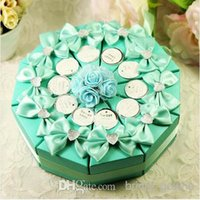 paper cake box - Colourful cm Wedding Supplies Favor Holders Wedding sweet box type creative cake candy box triangle and joyful one