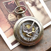 Wholesale Retro Hunger Games Pocket Watch Hunger Games II Bronze Vine Brave Watch Bird Arrow Quartz Pocket Watch Necklace
