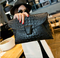 Wholesale Crocodile grain new envelope with oblique cross one shoulder bags