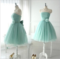 Cheap Short Lovely Mint Tulle Bridesmaid Dresses For Teens Young Girls Chic Flower Bow Sash Lace up Strapless Bridal Wear Gowns