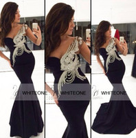 Cheap black one shoulder mermaid evening dresses sleeveless sexy floor length long prom dresses with peacock applique backless
