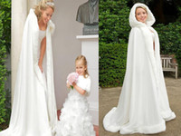 hooded cloak - Bridal cloak Wraps Jackets Winter Bridal Cape Faux Fur Wedding coat suit Hooded cold weather Wedding Bridal Cloaks Abaya