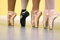 Wholesale silk High quality ladies Professional Ballet Pointe Dance Shoes With Ribbons