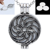 antique flower pictures - Antique Silver Flower Hollow Photo Picture Locket Essential Oil Aromatherapy Diffuser Openable Penant Chain Necklace Jewelry Charms