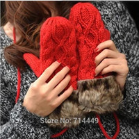 Wholesale Warm Winter Gloves Plush Women Windshield Twist Handmade Waving Mittens Cute Hang Neck Wool Gloves Soft Smooth Feather