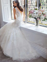 Wholesale New arrival hot sale fashion diamond sweety royal palace deep v neck halter noble lace fishtail tail princess bride wedding dress