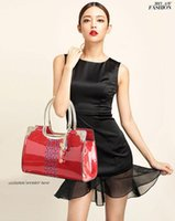 Women cheap fashion handbags - 2015 Cheap Fashion Rectangle PU Leather Womens Handbag with Removable Strap Shoulder Bags Retro Hollow Handbag Messenger Bag Totes MYF50