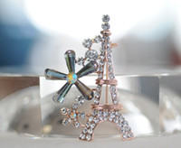 Wholesale 2015 Romantic Paris Eiffel Tower Brooches Rhinestone men and women Accessories christmas pins mixed Decoration New Arrival Alloy Corsage