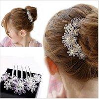 Cheap cHOT selling Crystal Rhinestone Petal Tuck Comb Women Flower Hair Pin Hair Clip Headwear Accessories BJWD15