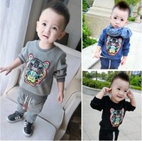 age tigers - 2015 Winter Hot Sale Children Tiger Pattern Set Sweatshirt Pants Set Thicked Cotton Suit For Kids Fit Age SS350