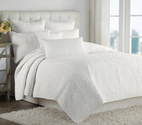 Wholesale 2015 New Manual quilting cotton bed cover air conditioning bedspread towels are white beige Patchwork quilt King size