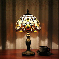 Wholesale Tiffany Table Lamp Classic cm European Baroque Stained Glass Abajur Bedroom Decoration Lighting E27 V Led table lamps