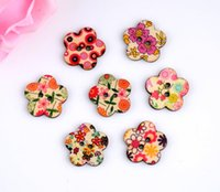 Cheap Free shipping -2015 Random 100pcs Mixed 2 Holes Colorful Star Shape Flower Wood Sewing Buttons Scrapbooking 24x24mm D2804